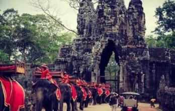 Tour Campuchia đi máy bay