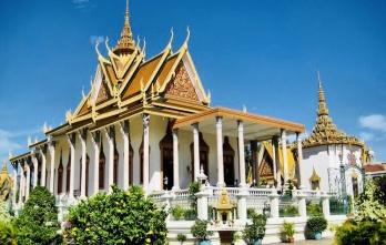 Du lịch Đền Angkor Wat - Biển Hồ - Bảo Tàng Pol Pot - Cánh Đồng Chết - Cung Điện Hoàng Gia